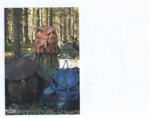 Iso reppu: Korkeus 52 cm, 40 litraa, ympärysmitta 110 cm Päiväreppu: Korkeus 38 cm, 15 litraa, ympärysmitta 80 cm Pieni reppu: Korkeus 30 cm, 6 litraa,  ympärysmitta 70 cm Kaikissa repuissa on useita taskuja